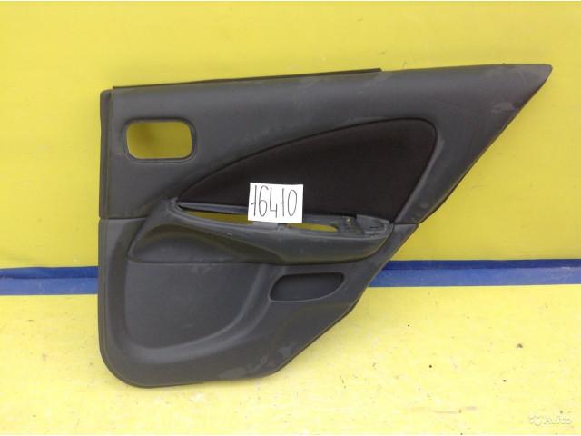 Nissan Almera N16 Обшивка двери задняя правая