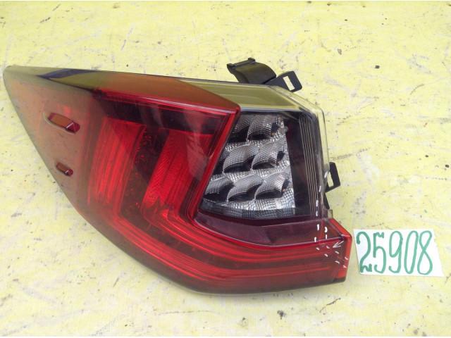 Lexus RX фонарь LED задний левый в крыло