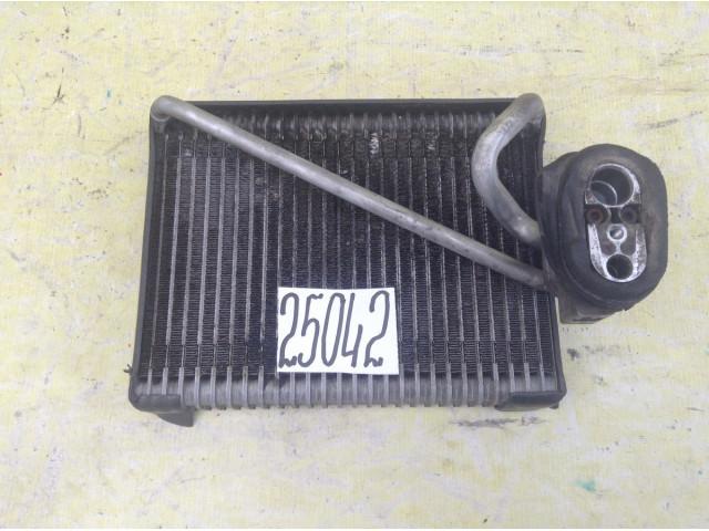 Subaru Impreza радиатор кондиционера испаритель в салон
