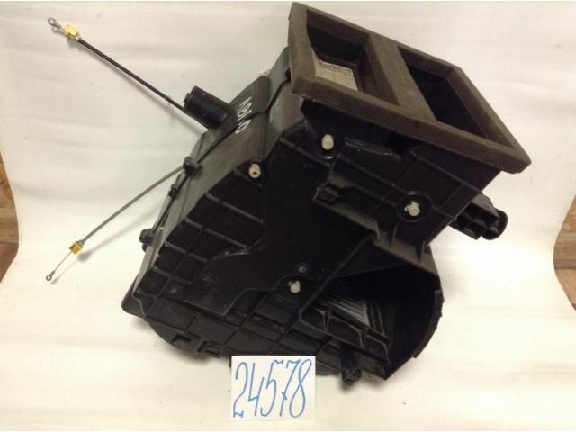 Chevrolet Aveo T250 радиатор печки корпус печки