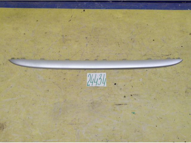 Mini Cooper накладка решетки радиатора верхняя