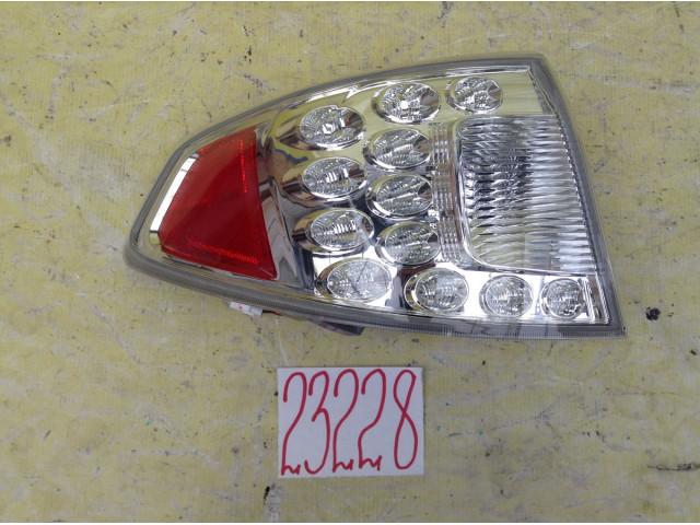 Subaru Impreza хэтчбек фонарь задний левый в крыло
