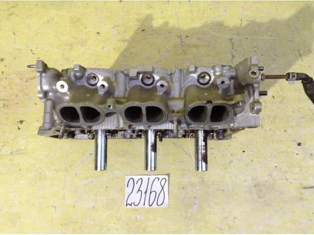 Lexus IS 2,5. V6 головка блока цилиндров правая