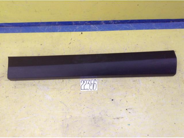 Toyota Rav 4 накладка двери передняя левая