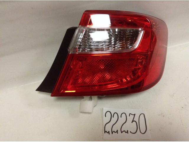 Toyota Camry 50 фонарь задний правый