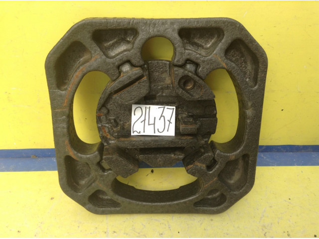 Ford Focus 2 хэтчбек ящик для инструментов