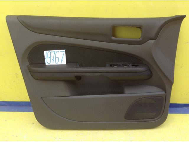Ford Focus 2 обшивка двери передняя левая