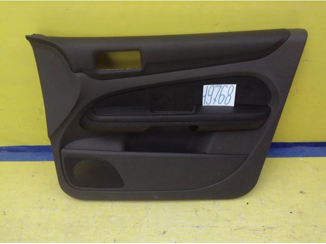 Ford Focus 2 обшивка двери передняя правая