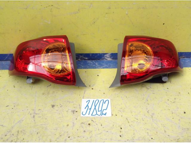 Toyota Corolla E150 Фонарь задний Левый и Правый Наружный цена за штуку