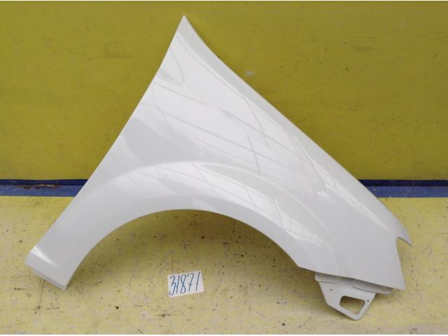LADA Largus FL Крыло переднее правое цвет Белый лед код краски 221
