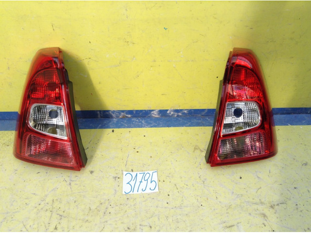 Renault Logan Фонари Левая и Правая цена за штуку