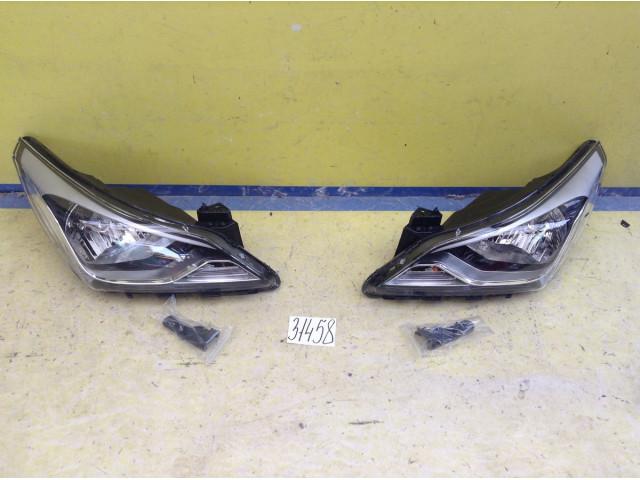 Hyundai Solaris Фара левая и правая Галоген цена за штуку