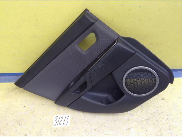 Mazda 3 BK обшивка двери задняя левая