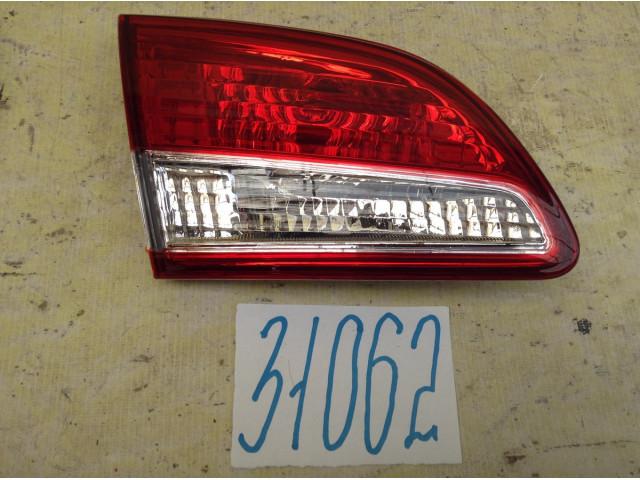 Nissan Almera G15 Фонарь задний левый внутренний