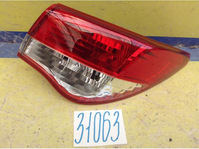 Nissan Almera G15 Фонарь задний правый наружный