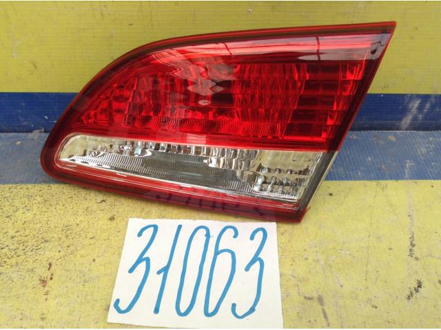 Nissan Almera G15 Фонарь задний правый внутренний