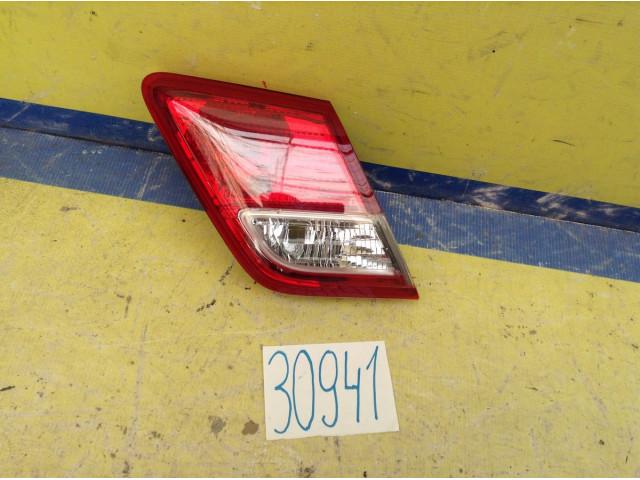 Toyota Camry V40 Фонарь задний левый в крышку багажника