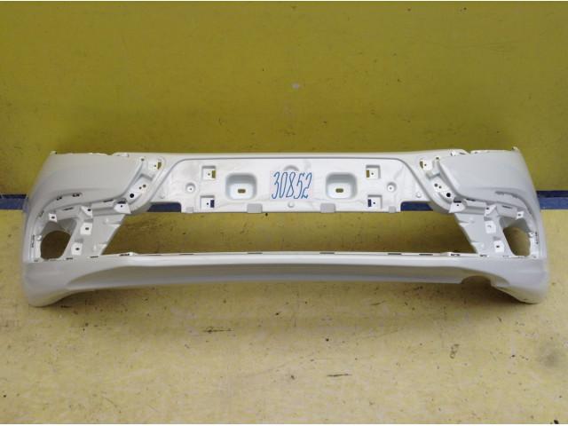 LADA Granta FL Бампер передний цвет Белое облако код краски 240