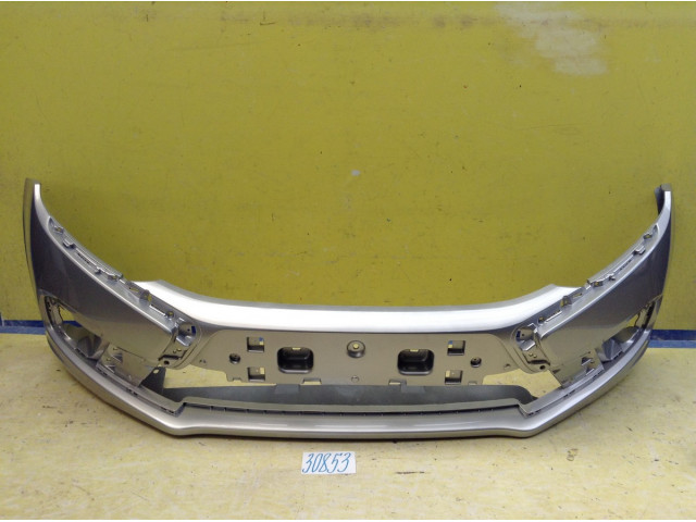 LADA Granta FL Бампер передний цвет Рислинг код краски 610