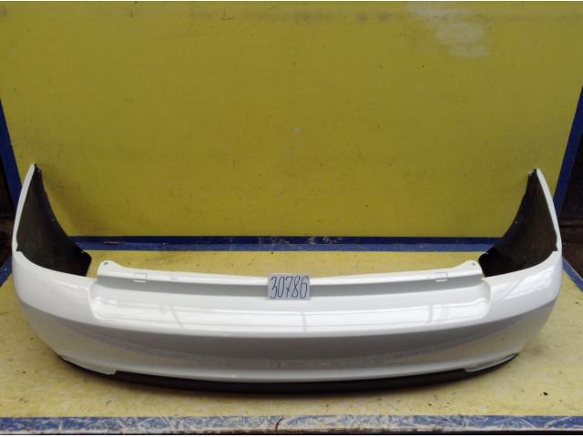 Lada Priora 2 седан Бампер задний цвет Белый код краски 240