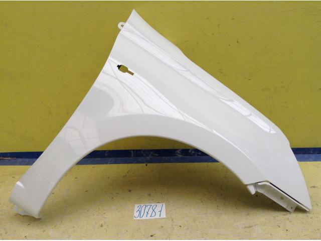 Datsun on DO mi DO Крыло переднее правое цвет Белый код краски 240