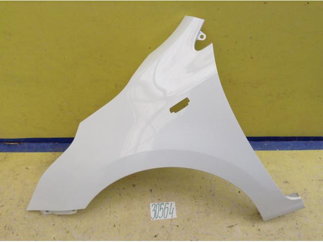 Kia Rio 4  Крыло переднее левое под ПТФ цвет  белый код краски PGU