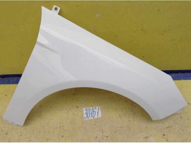 Ford Focus 3 Крыло переднее правое Код краски 7VTA белый
