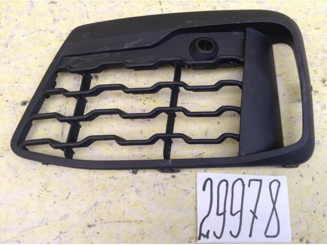 BMW X1 F48 M-sport Накладка решетка переднего бампера левая