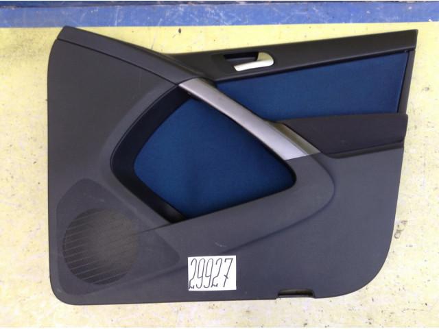 Volkswagen Tiguan Обшивка двери передняя правая