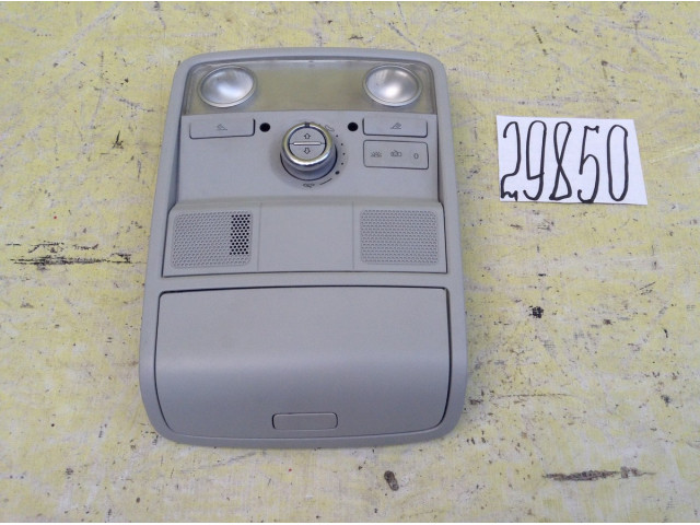 Volkswagen Tiguan плафон салонный с кнопкой для люка