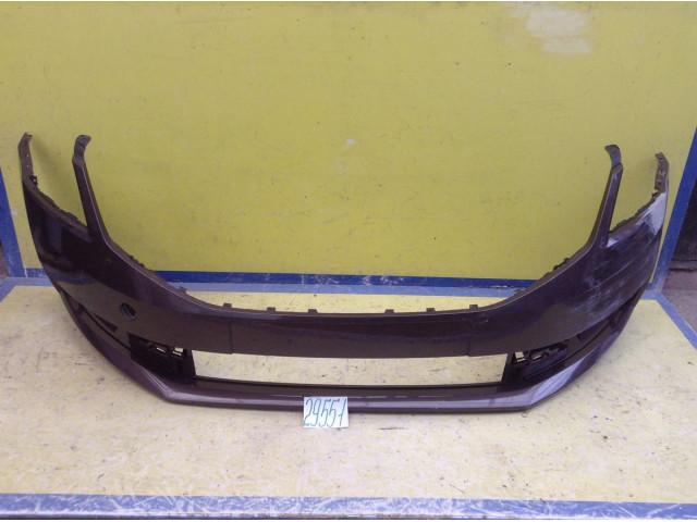 Skoda Octavia A7 Бампер передний