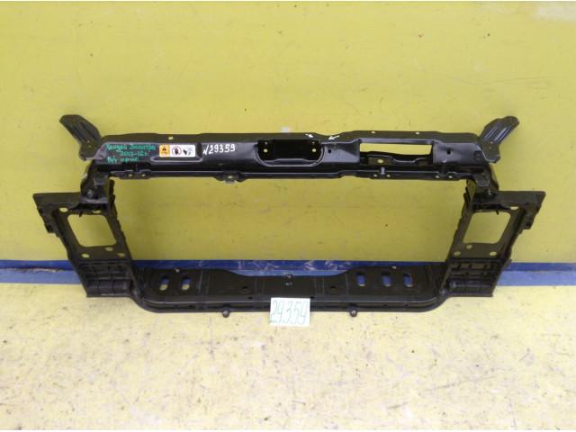 Hyundai Elantra Передняя панель телевизор
