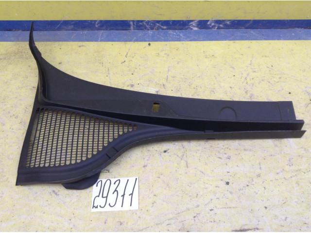 Skoda Octavia A7 Жабо правая часть