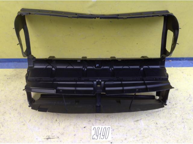 BMW 7 F01 воздуховод радиатора
