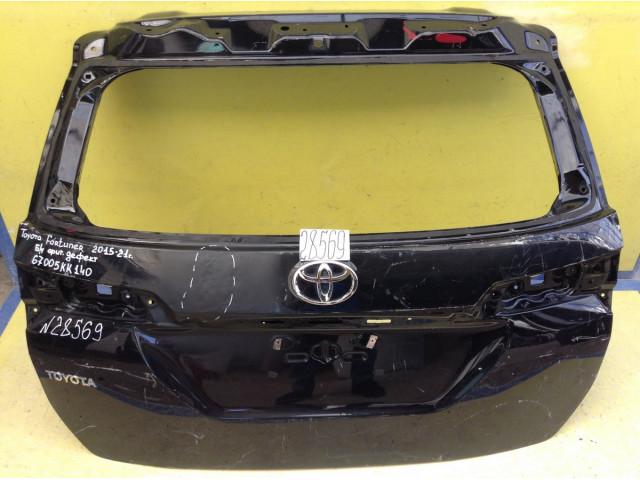 Toyota Fortuner крышка дверь багажника