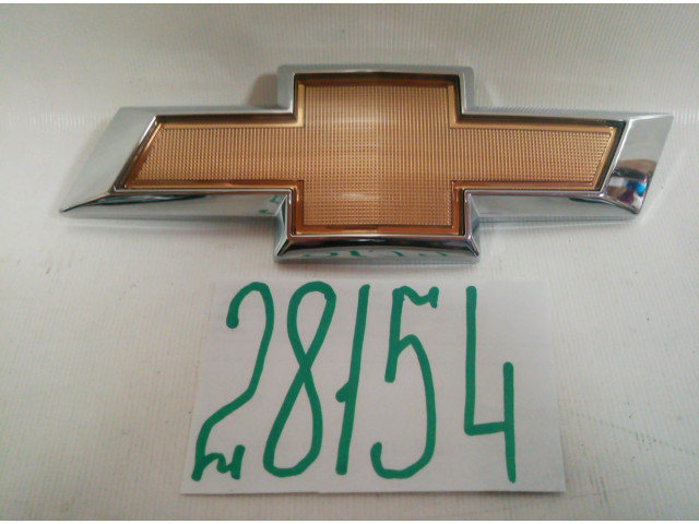 Chevrolet Cruze эмблема крышки багажника