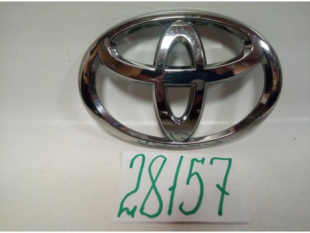 Toyota Highlander эмблема решетки радиатора
