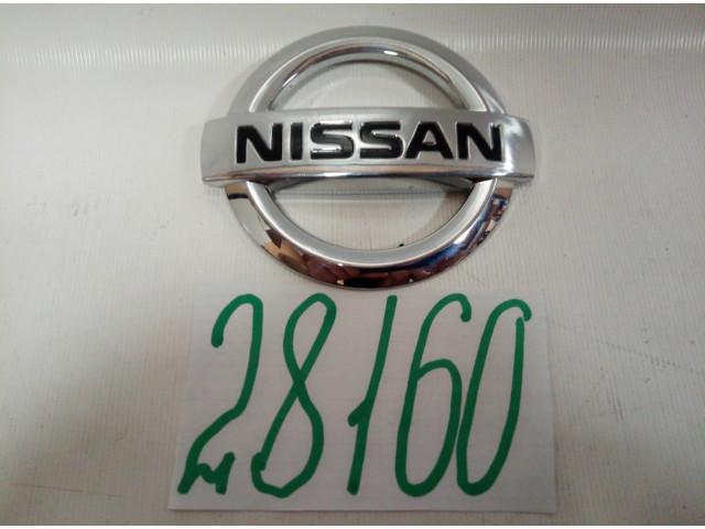 Nissan Tiida C11 эмблема шильдик крышки багажника