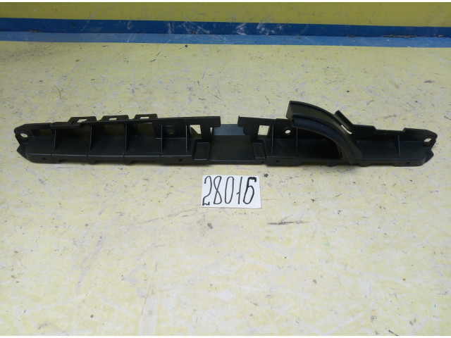 Subaru Impreza GJ кронштейн решетки радиатора