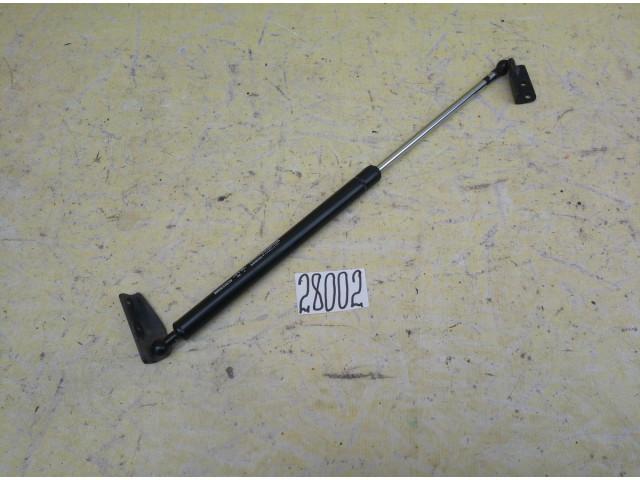 Infiniti FX 35 амортизатор стойка крышки багажника