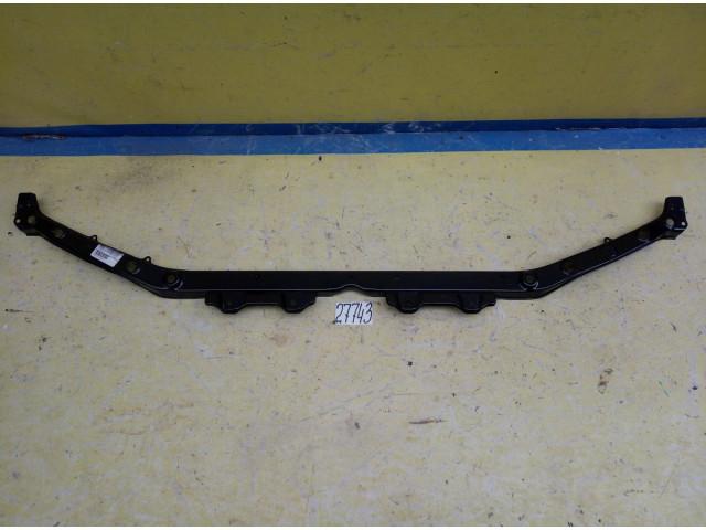 Subaru Forester передняя панель телевизор верхняя часть