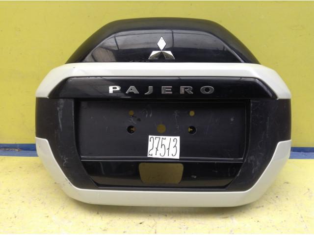 Mitsubishi Pajero Кожух запасного колеса