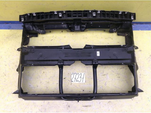 BMW X1 F48 Воздуховод радиатора