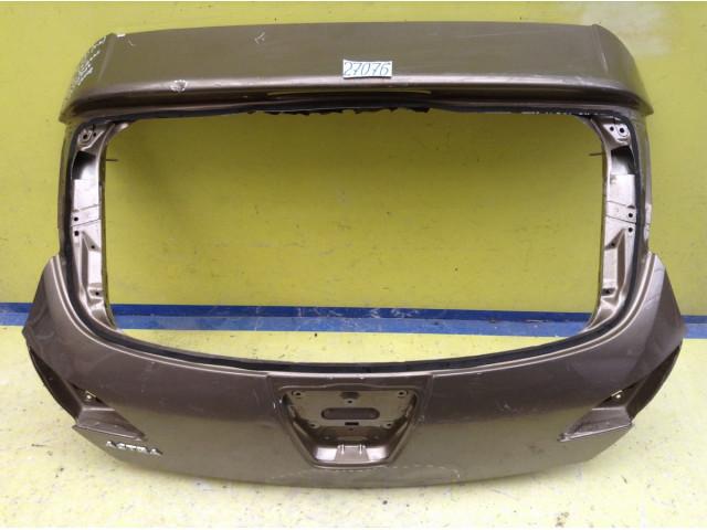 Opel Astra J Крышка багажника