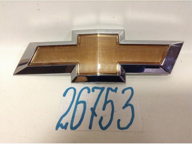 Chevrolet Aveo T300 эмблема шильдик решетки радиатора