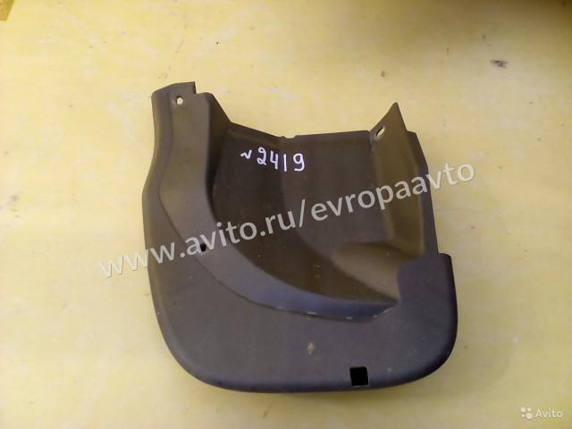 Honda CR-V Брызговик правый задний