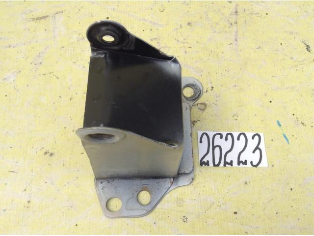 Opel Meriva кронштейн усилителя переднего бампера левый