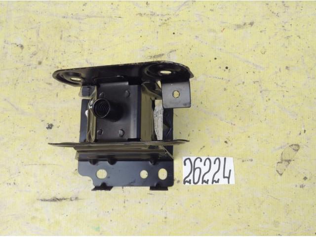 Opel Astra H Кронштейн усилителя переднего бампера правый