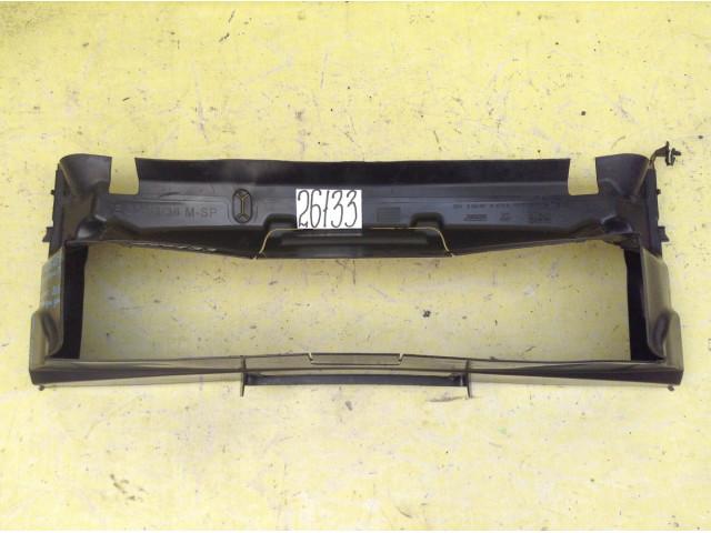 BMW 4 F32 33 36  M Воздуховод радиатора