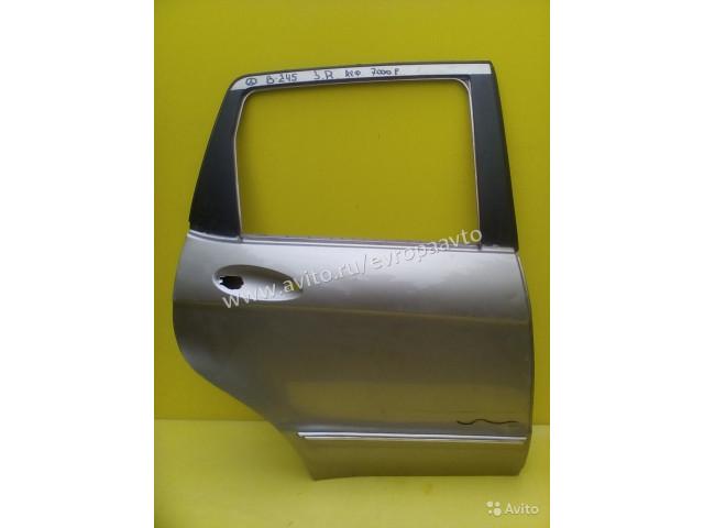 Mercedes B W245 Дверь задняя правая